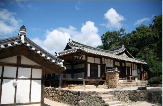 8 Days Korea Family & Kids-friendly Tours Gyeongju Daegu Busan Jeju Seoul