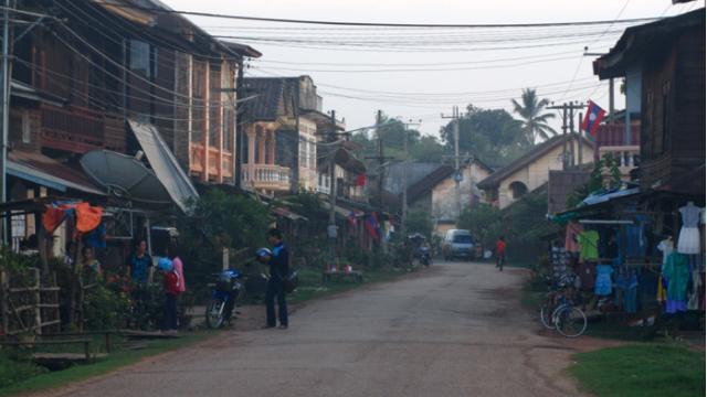 14 Days Thailand|Laos|Cambodia UNESCO Tours Bangkok Ubon Ratchathani Champasak Don Khone Stung Treng Koh Trong Island Chhlong Kampong Cham Kampong Thom Siem Reap