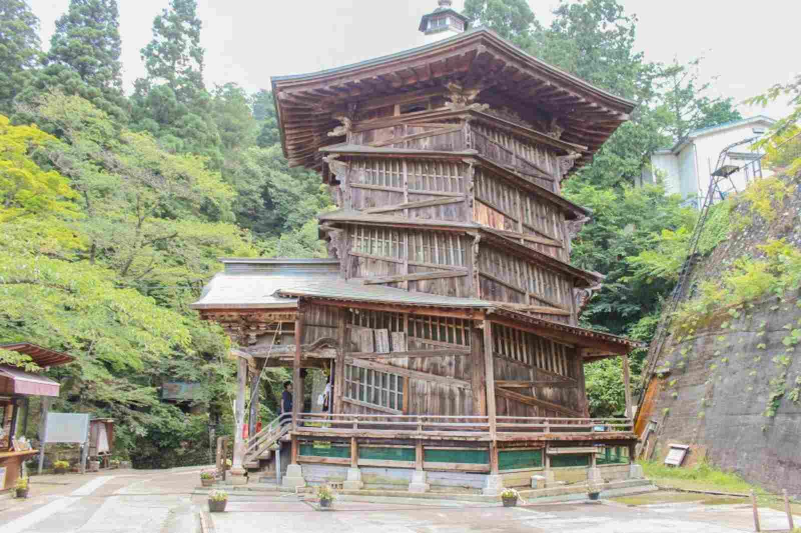 Sazae-dō