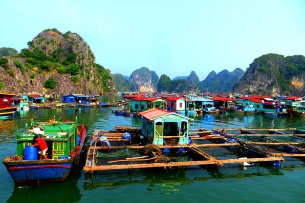 Ba Hang floating village