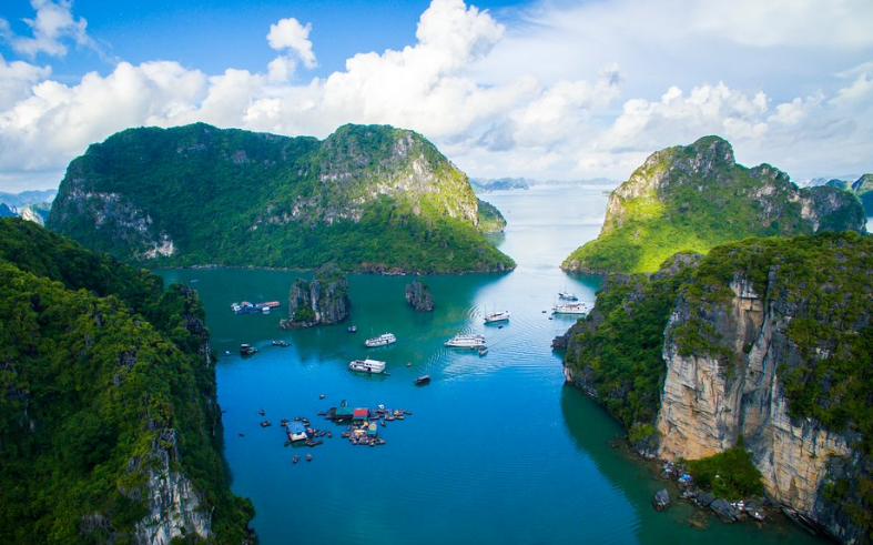 Bai Tu Long Bay  sight_id:12553