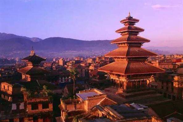 15 days Kathmandu Bhadgaon Paro Thimphu Punakha Chitwan Pokhara Dhampus tour