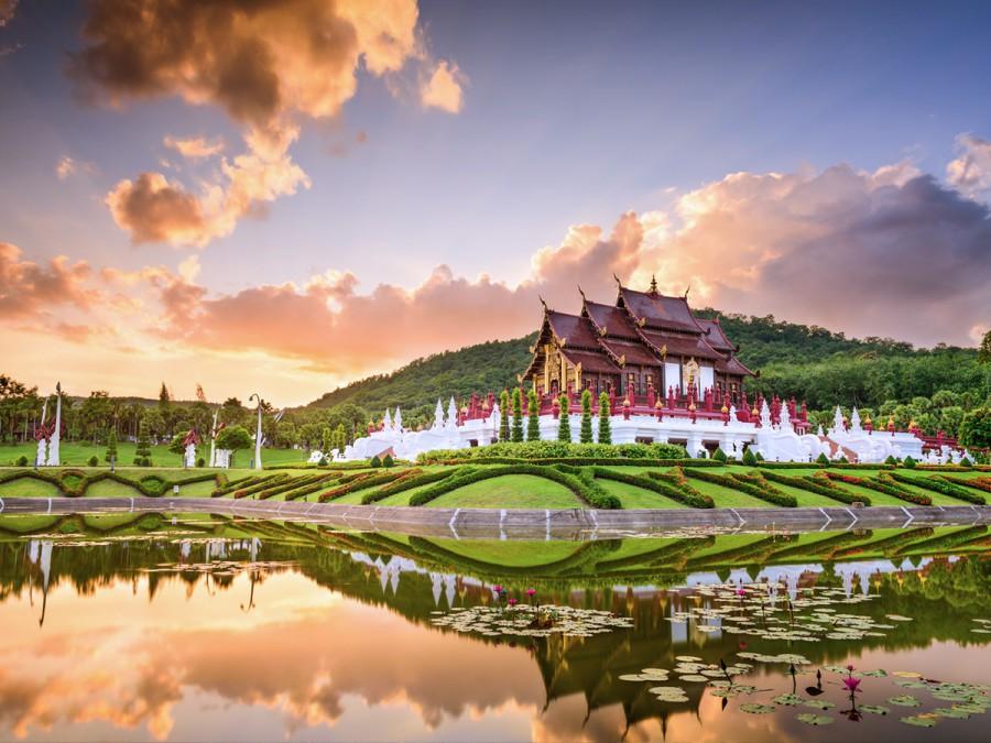 8 days Chiang Mai Pai Bangkok Hua Hin tour