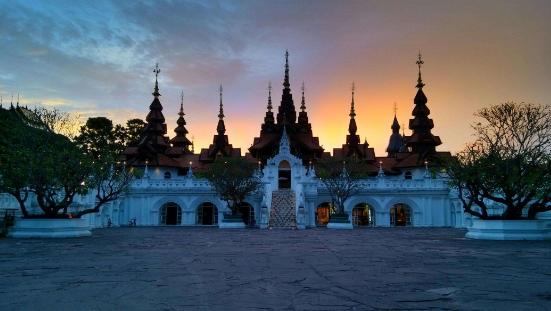 15 Days Bangkok-Kanchanaburi-Ayutthaya-Sukhothai-Lampang-Chiang Mai-Chiang Dao-Pai-Mae Hong Son-Chiang Rai Thailand Tour