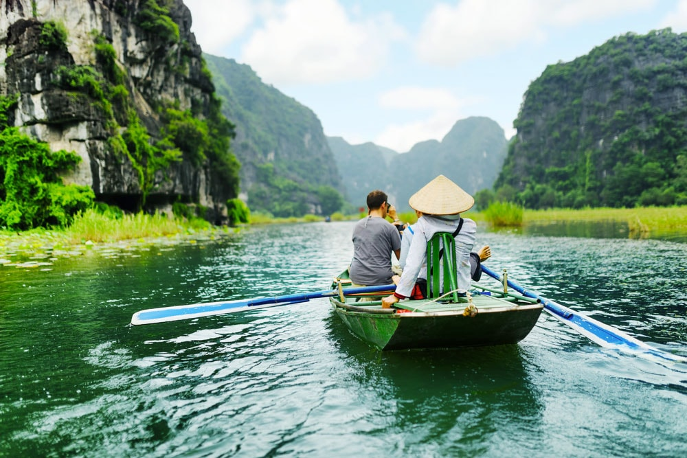 14 Days Hanoi-Sapa-Halong Bay-Hue-Hoian-Ho Chi Minh-Mekong Detla Vietnam Tour