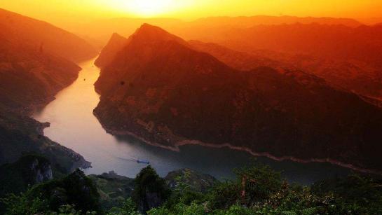 14 Days Memorable China Tour: Beijing-Xian-Guilin-Yangtze Cruise-Shanghai