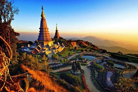 5 Days Classic Laos Tour Vientiane, Luang Prabang