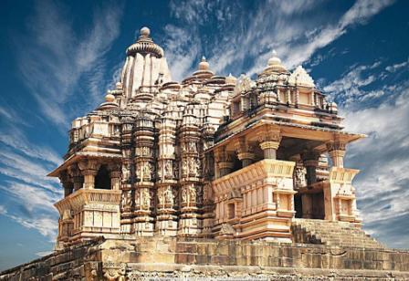 15 days Mumbai Bangalore Hassan Mysore Madurai Periyar Cochin tour