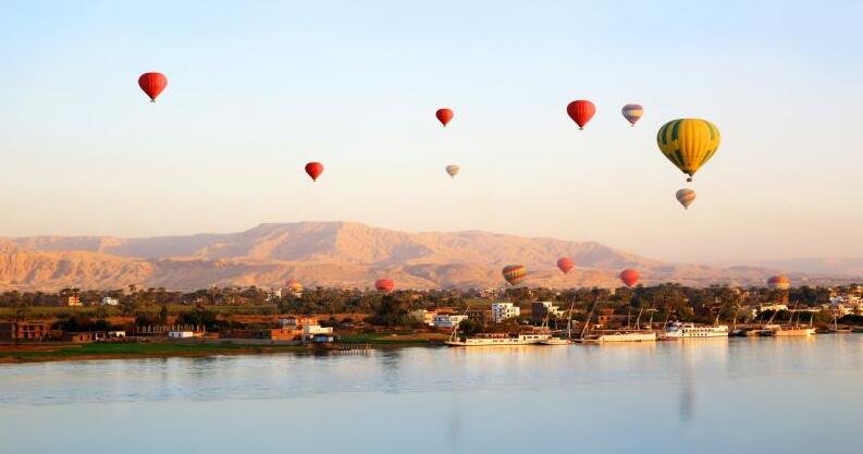 Luxury Hot Air Balloon Ridding
